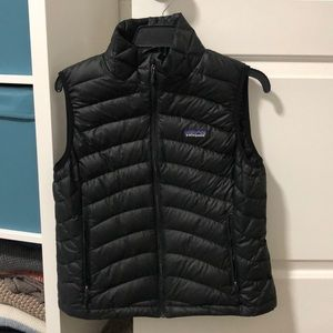 Women's Patagonia puffy vest
